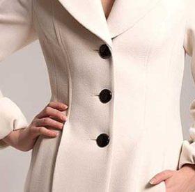 Как стирать пальто из шерсти в стиральной машине?