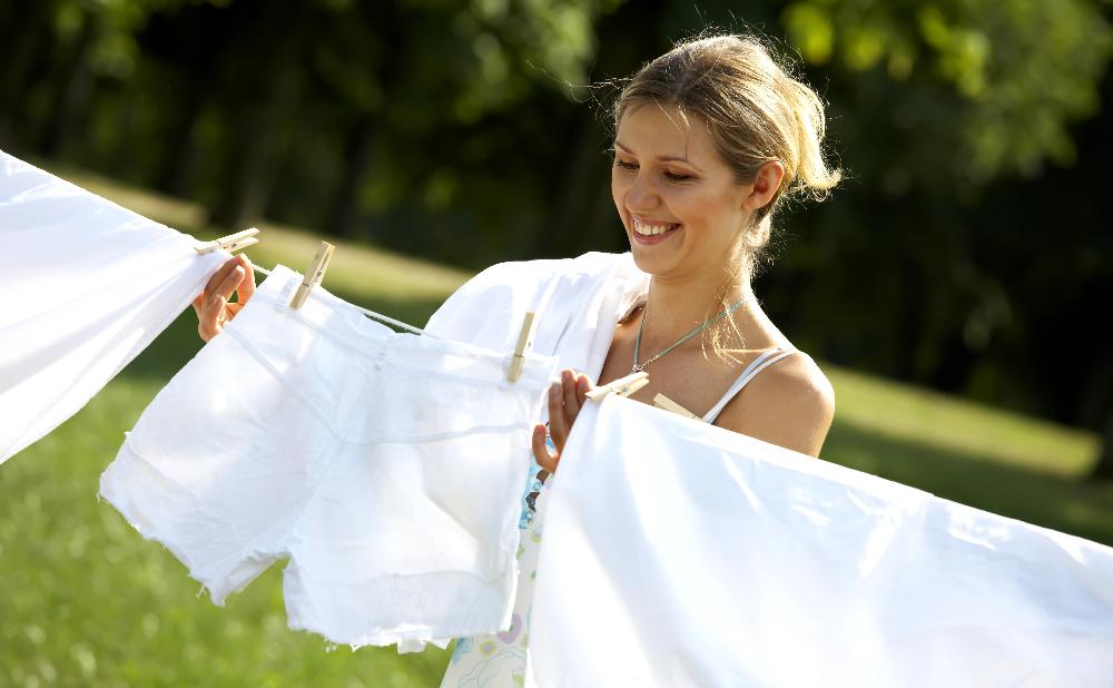 Чем стирать белое белье