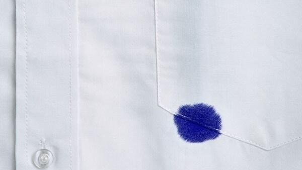Как удалить пятна от чернил шариковой ручки