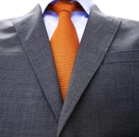 Как постирать пиджак в домашних условиях, чтобы не испортить