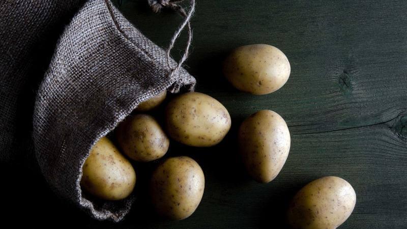 Где хранить картошку в городской квартире