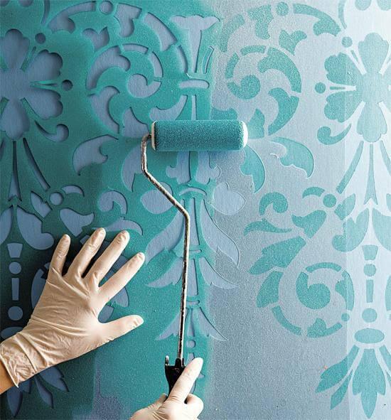 Использование трафаретов при покраске стен