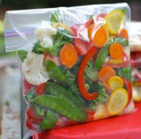 Сколько можно хранить замороженные овощи в морозилке