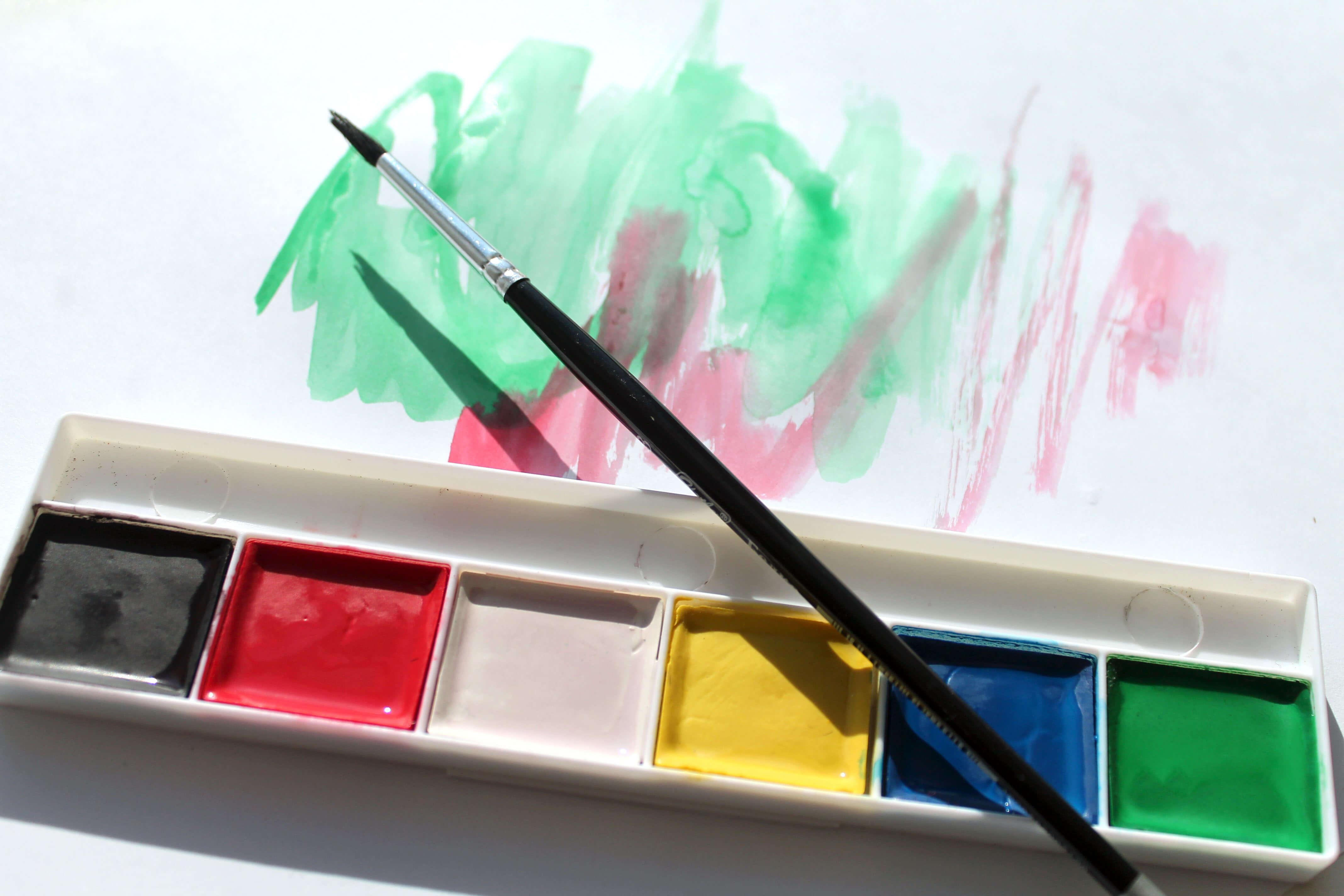 Как отстирать рубашку от краски