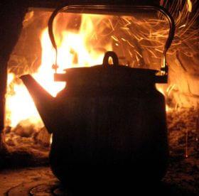 Чем и как вымыть грязный чайник: полезные советы и рекомендации