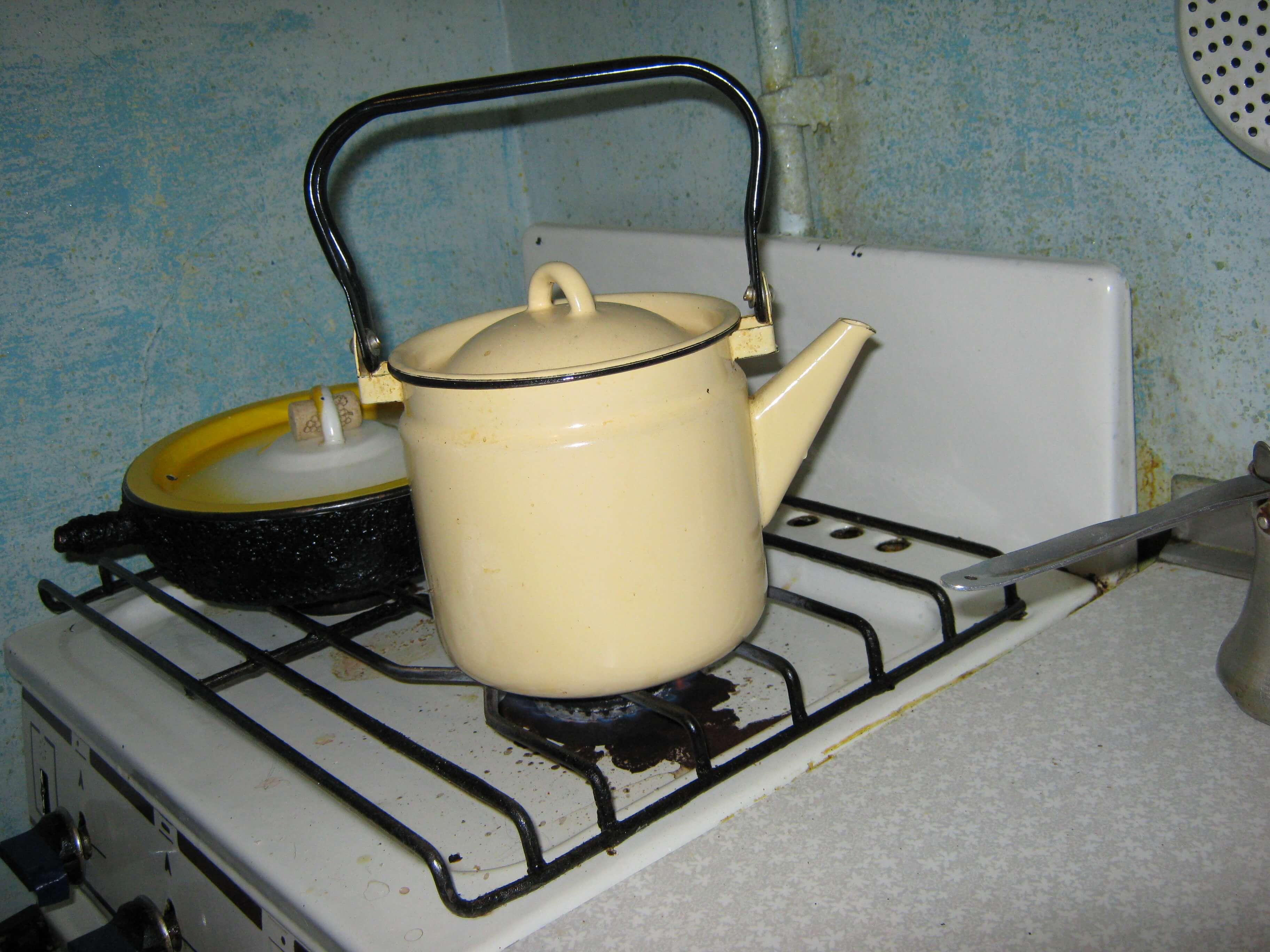 Как кипятить чайник с уксусом
