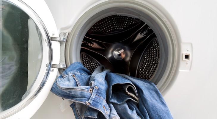 Стираем джинсы в «автомате»