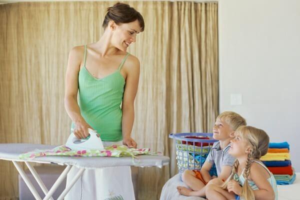 Нужно ли гладить детское белье?