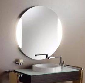 Как вымыть зеркало без разводов в домашних условиях