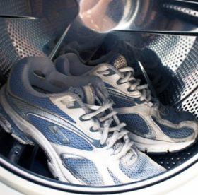 Стирка кожаных и замшевых кроссовок