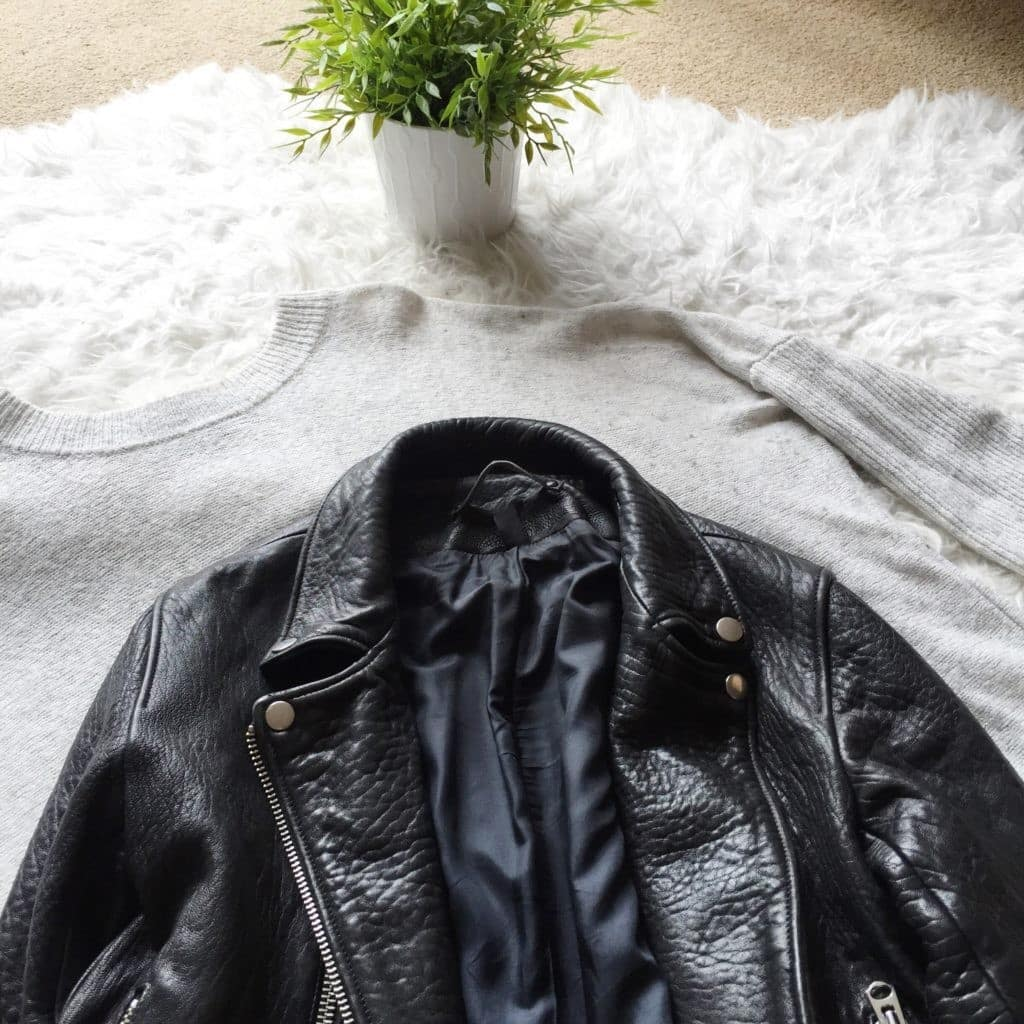 Куртка из кожзама без складок