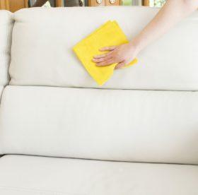 Эффективные способы удаления разных пятен с мягкой мебели