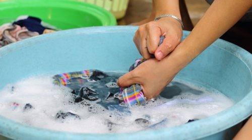 Как стирать трикотаж вручную