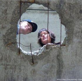 Чем заделать дыры в бетонном полу?