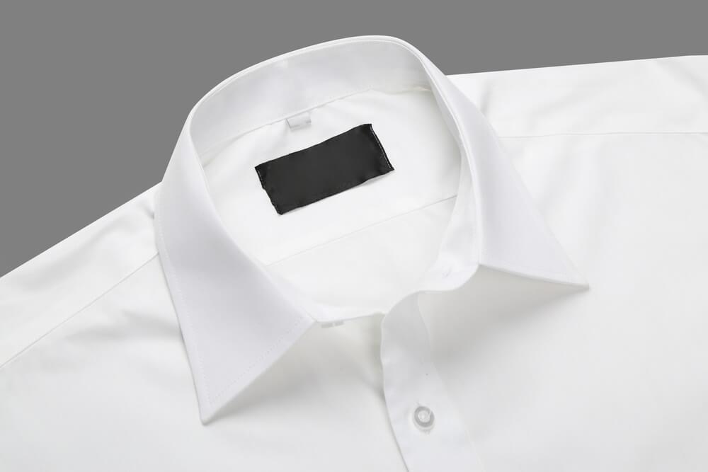 Как вывести пятно с белой рубашки в домашних условиях