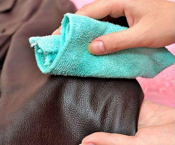 Как отстирать засаленную куртку