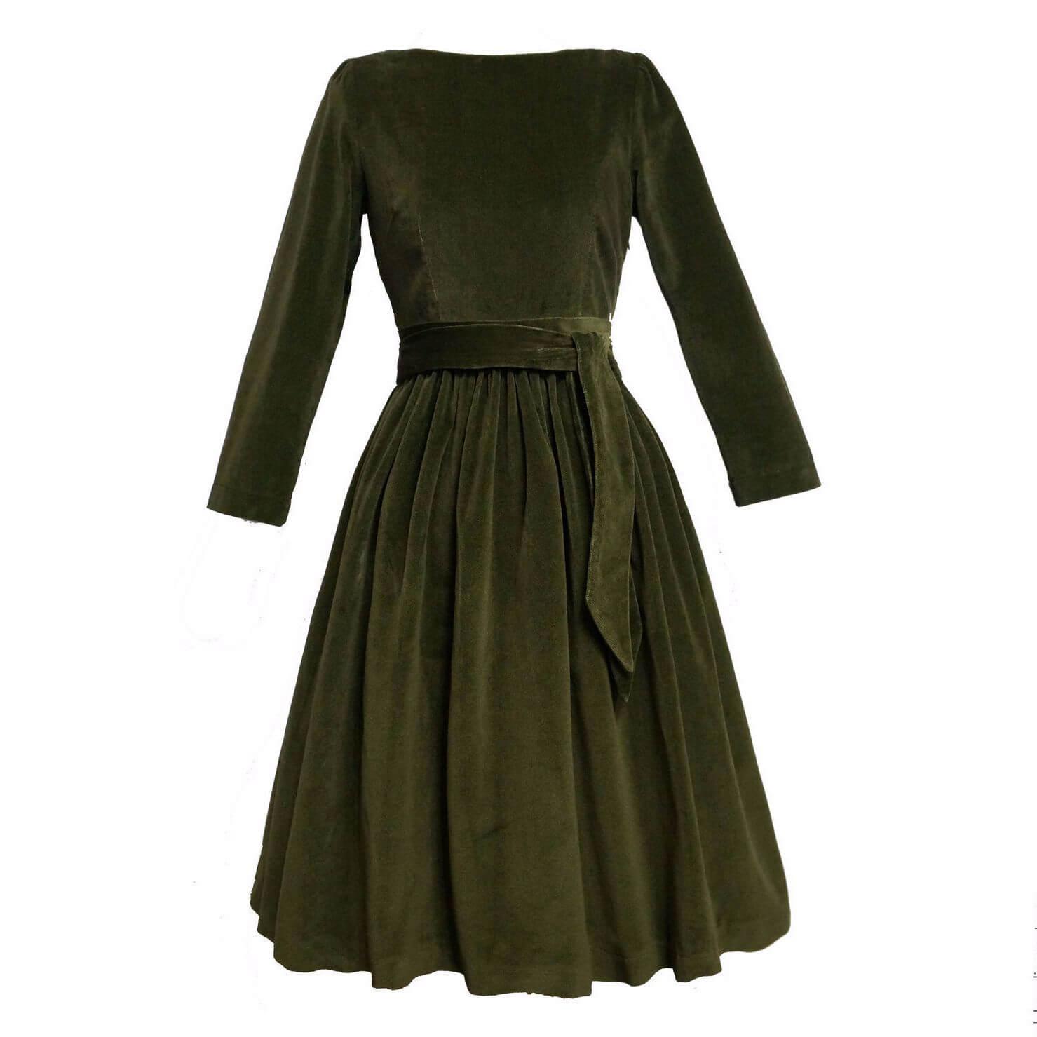 Как стирать бархатное платье