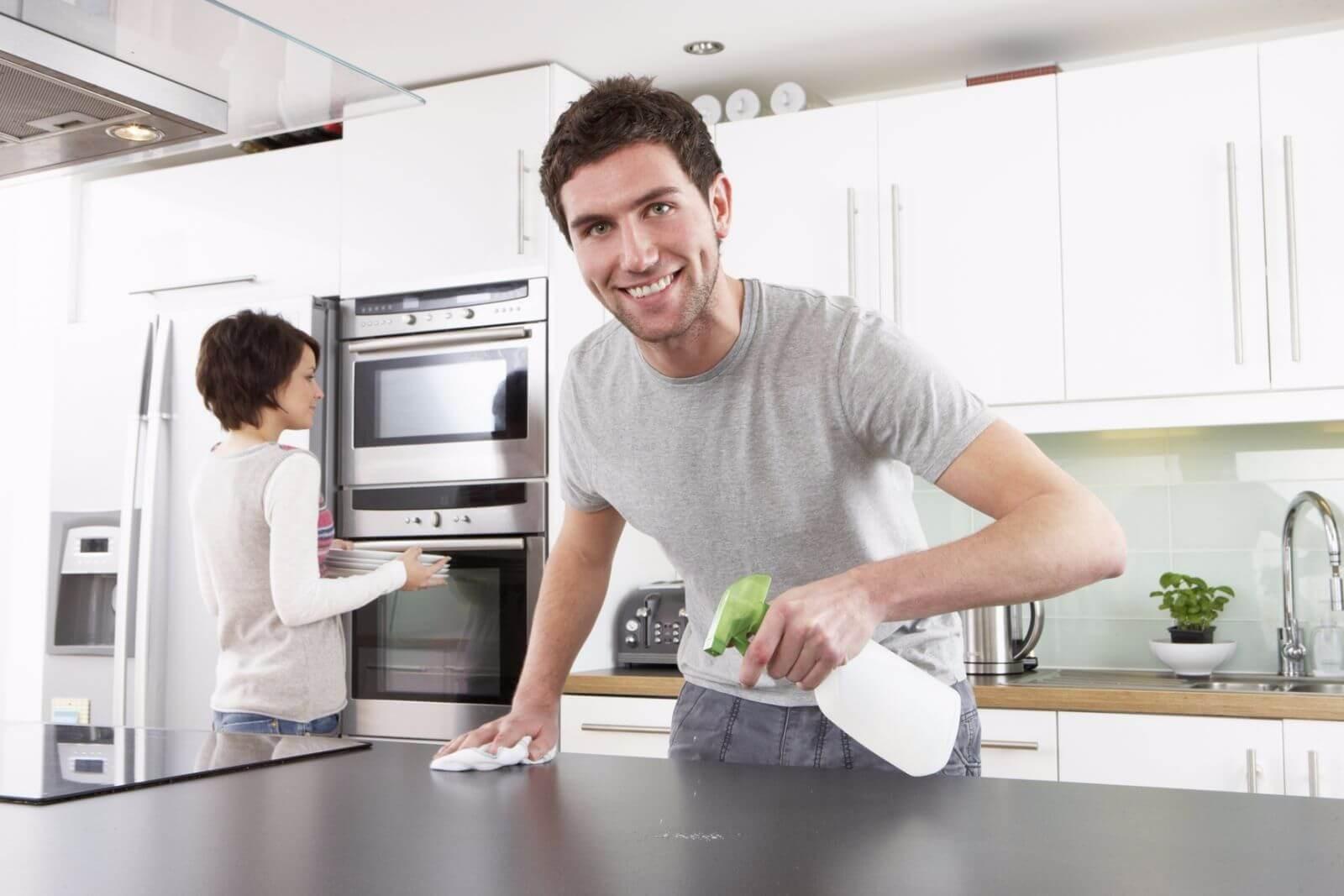Как убрать жирные пятна на кухне