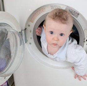 Как стирать одежду для новорожденных после покупки